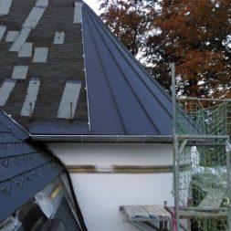 dach mit prefa alublech eindecken 94 - Der PREFA Stier kommt auf das Dach