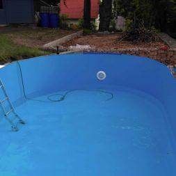 pool aufbau und anschluss 16 - Projekt Poolbau - Einbau von Skimmer, Düsen und dem Unterwasserscheinwerfer