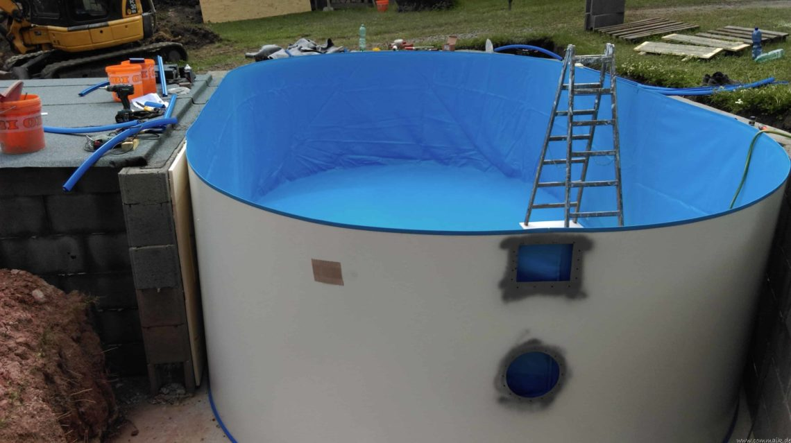 pool aufbau und anschluss 9 - Projekt Poolbau – Der Aufbau des Stahlwandpools