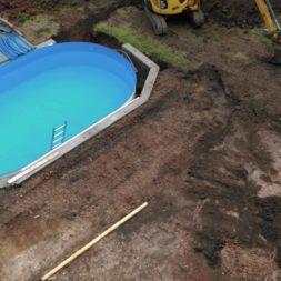 pool aufbau und anschluss 28 - Projekt Poolterrasse – Vorbereitung und Start