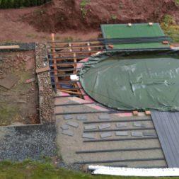 einbau der bpc wpc dielen poolterrasse 13 - Projekt Poolterrasse –  Bau der Unterkonstruktion und Verlegen der BPC Dielen