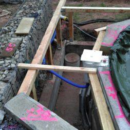 unterkonstruktion bpc wpc poolterrasse 9 - Projekt Poolterrasse – Bau der freistehenden Unterkonstruktion für die BPC Dielen