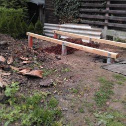 3 brennholzlageregal mit poolsolarheizung 30 - Das vierte Brennholzlagerregal mit Solarkollektoren für den Pool wird gebaut