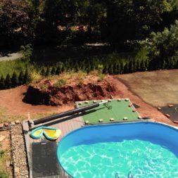 erde sieben und rasen am pool neu anlegen 46 - Pool Aussenanlagen vorbereiten - Platz schaffen für die Rasenanlage