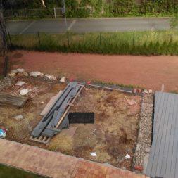 erde sieben und rasen am pool neu anlegen 75 - Pool Aussenanlagen vorbereiten - Platz schaffen für die Rasenanlage