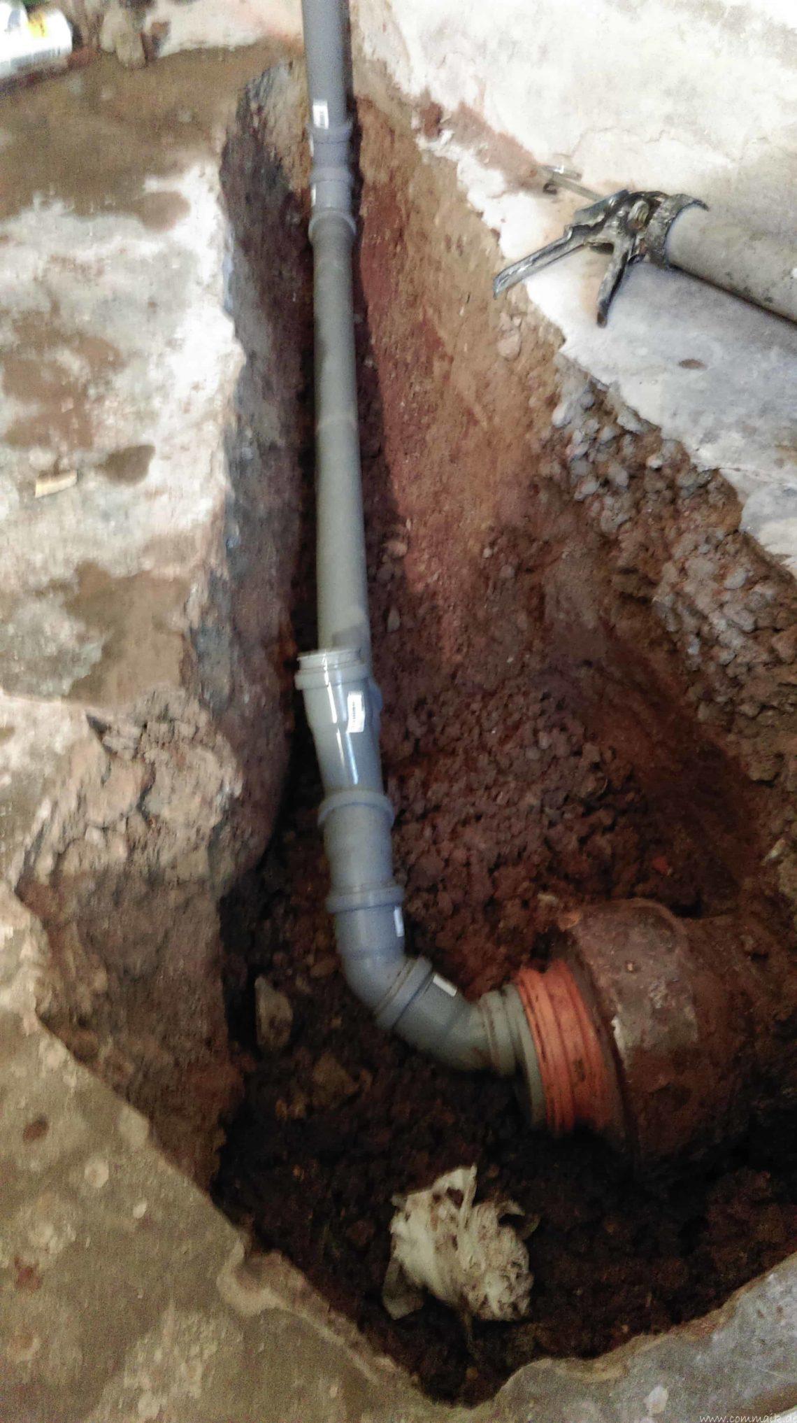 ht rohr in tonrohr einbinden abfluss 8 - Ein neuer HT-Abfluss wird in das alte Tonrohr eingebunden