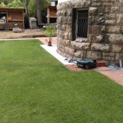 winterharte palmen an den pool pflanzen 22 - Automatisierung im Garten – Einbau und Nutzung des Rasenroboters Gardena Sileno+