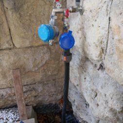 Wasseranschluss für Rasenbewässerung