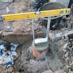 Carport bauen Fundamente mit KG setzen34 - Carport selber bauen - Pfostenanker setzen