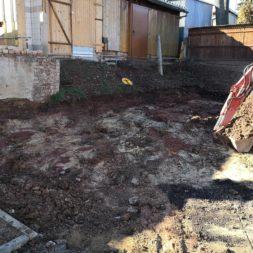 Carport bauen baugrube ausheben bauen1 - Carport selber bauen - Bauplatz vorbereiten