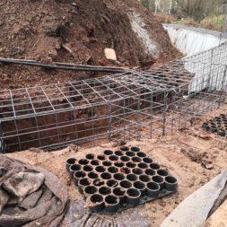 Kurve mit Gabionen bauen16 - Hang mit Gabionen sichern - Ecken und Kurven bauen