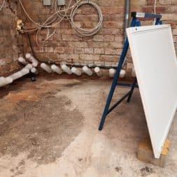 Keller Trockenlegen Inkektion 13 - Keller Trockenlegen mit Injektion #4 - Woche 3 Infrarotheizung kommt zum Einsatz