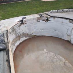 Pool umbauen Abriss Stuetzwaende Einschalung entfernen 13 - Poolumbau – Abriss Stützwände und Einschalung entfernen
