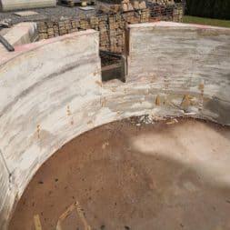 Pool umbauen Abriss Stuetzwaende Einschalung entfernen 16 - Poolumbau – Abriss Stützwände und Einschalung entfernen