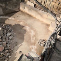 Pool umbauen Abriss Stuetzwaende Einschalung entfernen 33 - Poolumbau – Abriss Stützwände und Einschalung entfernen