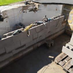 Pool umbauen Waende mauern Bewehrung einbauen 21 - Pool UMbauen – Wände mauern | Bewehrung einbauen | Schalsteine setzen