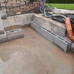 Pool umbauen Waende mauern Bewehrung einbauen 30 - Pool UMbauen – Wände mauern | Bewehrung einbauen | Schalsteine setzen