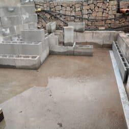 Pool umbauen Waende mauern Bewehrung einbauen 31 - Pool UMbauen – Wände mauern | Bewehrung einbauen | Schalsteine setzen