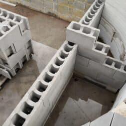 Pool umbauen Waende mauern Bewehrung einbauen 37 - Pool UMbauen – Wände mauern | Bewehrung einbauen | Schalsteine setzen