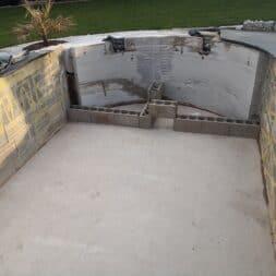 Pool umbauen Waende mauern Bewehrung einbauen 7 - Pool UMbauen – Wände mauern | Bewehrung einbauen | Schalsteine setzen