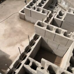 pool umbauen waende mauern bewaehrung einbauen commaik.de 59 - Pool UMbauen – Wände mauern | Bewehrung einbauen | Schalsteine setzen