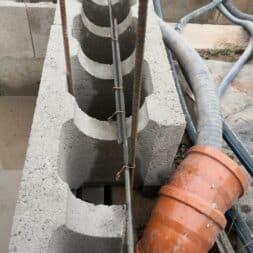 pool umbauen waende mauern bewaehrung einbauen commaik.de 63 - Pool UMbauen – Wände mauern | Bewehrung einbauen | Schalsteine setzen