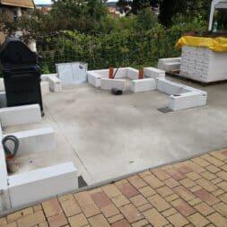 Gartenkueche bauen–Sockel und Waende mit Gasbeton Pornbeton Ytong mauern commaik.de 15 - Gartenküche bauen #2 – Sockel und Wände mit Gasbeton mauern