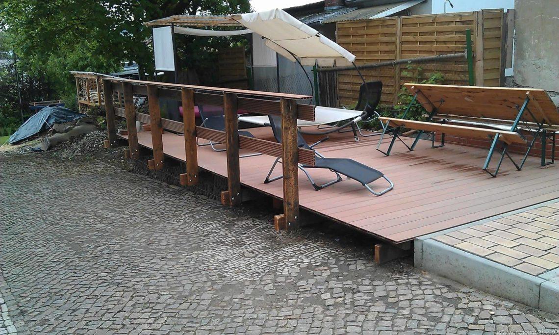 IMAG0564 - Die Terrasse bekommt ihr Geländer