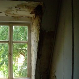 dscn4239 - Der Einbau der Dachfenster-Abriss der Gauben