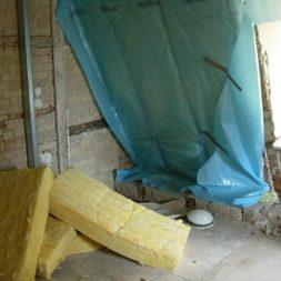 dscn5366 - Rohbau in der neuen Küche - Dämmung und Installationen